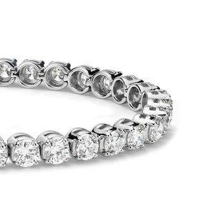 4 Carats round sparkling diamonds bracelet